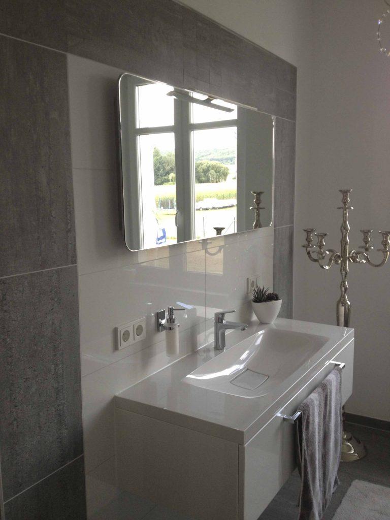 b der duschen. Black Bedroom Furniture Sets. Home Design Ideas